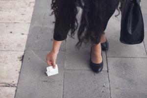 Девушка нашла деньги