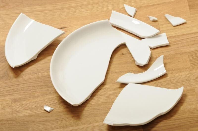 К чему следует готовиться, если пришлось разбить тарелку