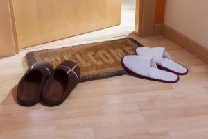 Ритуал с домашними тапочками