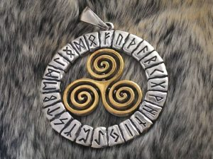 Трискелион у кельтов и скандинавов