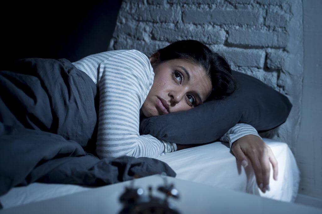 фото глаз спать нередко можно заметить