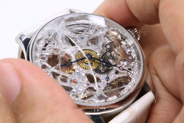 Что будет, если разбить часы