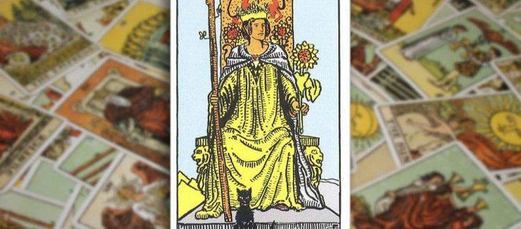 Королева Жезлов в Таро