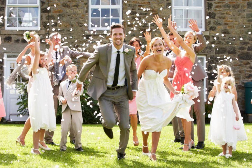 Свадебные суеверия, связанные с дружками