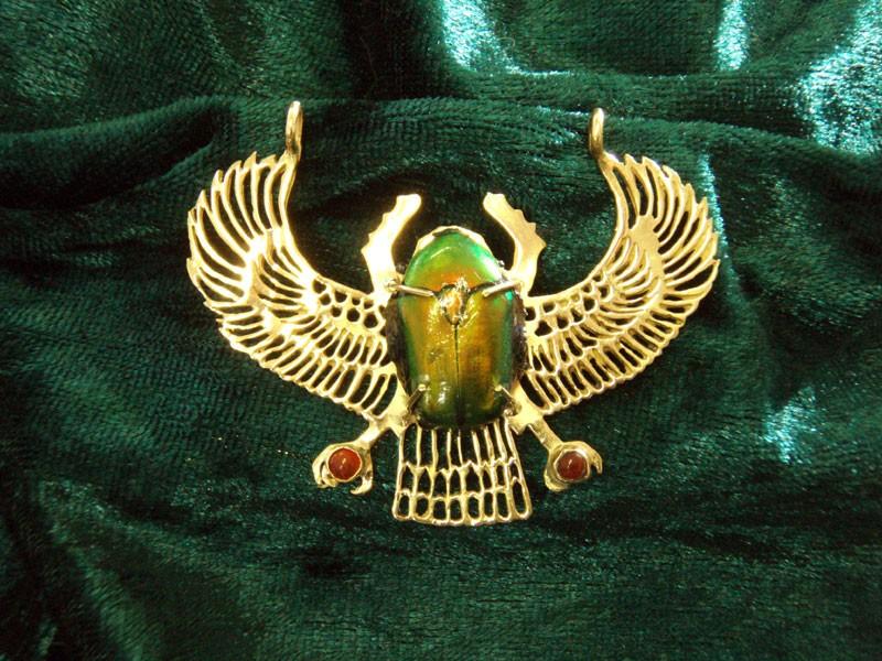 Жук скарабей символ