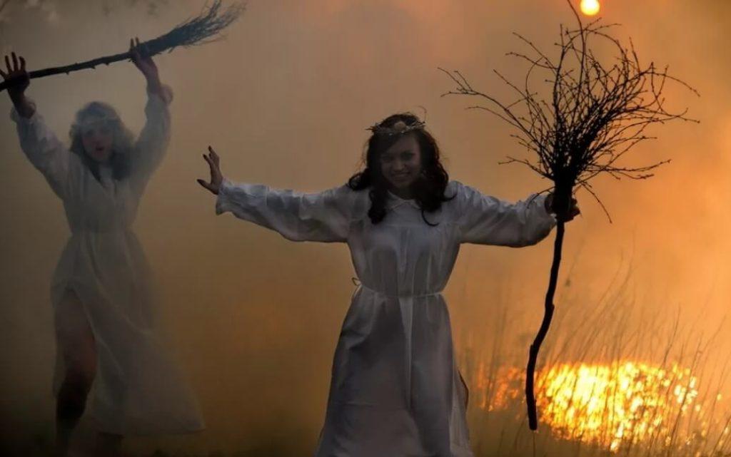 Поведение ведьмы